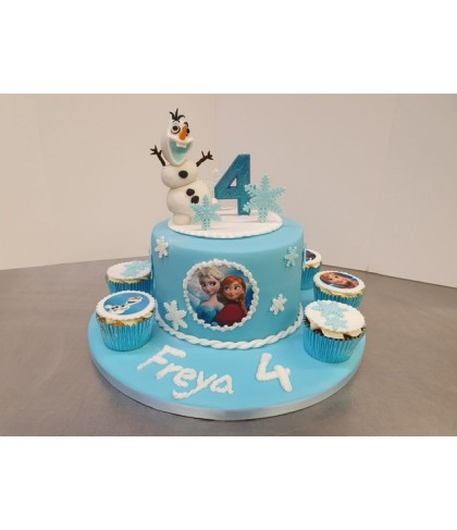 'Frozen' Olaf cake with cupcakes