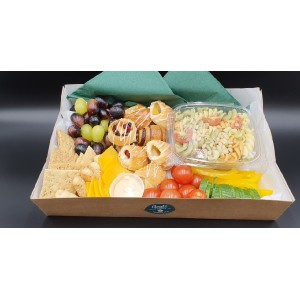 Breakfast/lunch/picnic boxes option 4